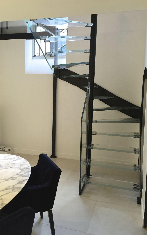 方形螺旋楼梯 / 螺旋 / 玻璃台阶 / 钢结构