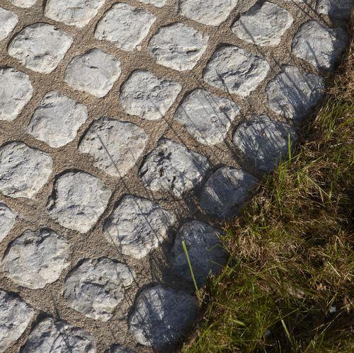 天然石材路面砖 / 可行车 / 户外