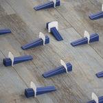 手动找平系统 / 用于瓷砖